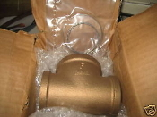 Lee Brass Pipe Fitting Tee Flag Flow Products 1 1/2 in
